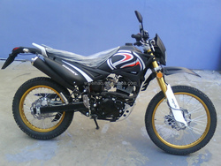 off road-2 dirt bike motorcycle high quality beautiful design 200CC suzuki