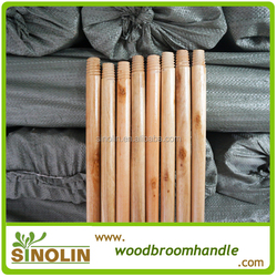 SINOLIN cheap high quality varnished wooden broom handle for floor cleaning