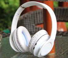 China smart phone Bluetooth headphones free samples.