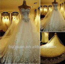 Luvas e Veils Delicate 1.5M diamante pesado Long Train Lace Buttom cristal vestidos de casamento grátis