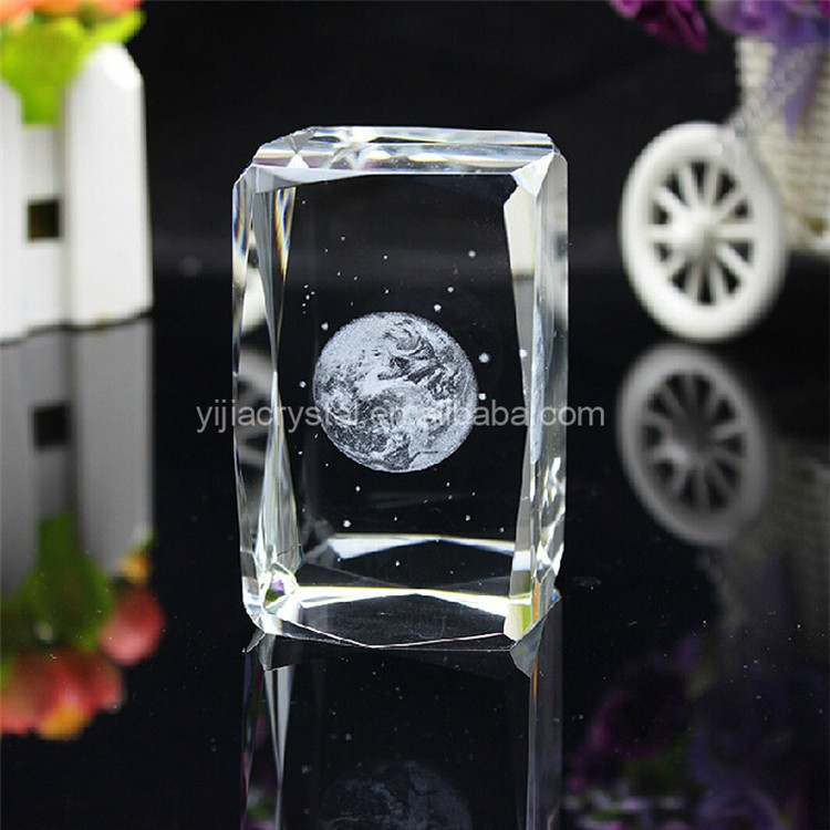 3d laser engraving glass block 4.jpg