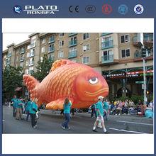 Pvc de gran <span class=keywords><strong>desfile</strong></span> de promoción inflable peces voladores, inflable gigante de pescado, pescado en forma de globo