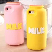 [Wholesale] Silicone Ruber 3D Milk Bottle Cartoon Case back cover for Iphone5S #A1006 / Ship within 24-48hours, moq 1piece