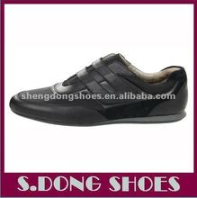 2013 Black Man Casual Shoe with Velcro Fastening