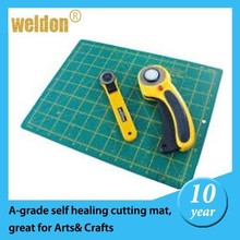 Weldon2015 new products art knife &3 layers costomed size self healing cutting mats for school on hot sale