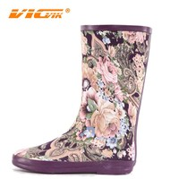 women sexy rain rubber boots made of rubber ,lady rain boots with cloth printing