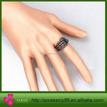 Personality retro fashion human hand ring, men alloy ring