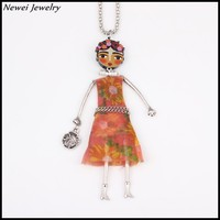 Newei 2015 Fashion Jewelry Acrylic Alloy Dressed Girl Women Pendant Vintage National Doll Necklace
