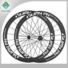 カスタムステッカーのラベル付き自転車の車輪台湾中国車輪表面lighweight玄武岩