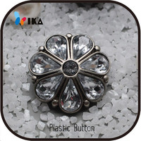 22.5mm round flower shape nikel free sewing plastic rhinestone buttons for garment accessories