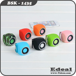 Hot outdoor bluetooth sport mini bomb electric bike speaker with hanger for backpack