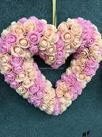 Artificial heart shape rose wreath