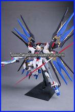 (Acepte paypal) 25cm PG 1/60 Strike Freedom Gundam japanese anime dibujos animados figma Play Arts figura de acción al por mayor