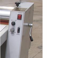 Automatic high precision sheet laminator