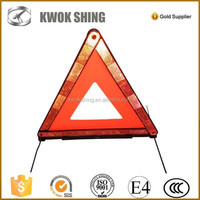 Emergency tool kits red warning triangle distance from car