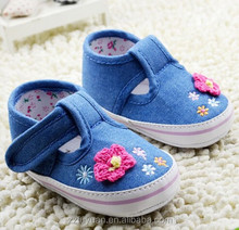 jeans color with flower design new born baby girls soft soled shoes