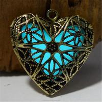 New Hollow Heart Pendant Diffuser Luminous Glow In The Dark Locket Necklace