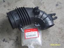 Compressore flexible rubber air hose 17228-PNB-J00 used in Honda car