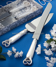 INTERLOCKING HEARTS DESIGN CAKE KNIFE/SERVER SET