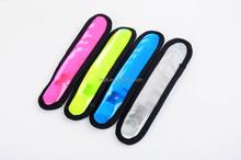 2015 hot sale custom led glow in dark slap bracelet