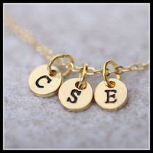 Fashion Jewelry Gold Plated Round Charm Engraved Alphabet