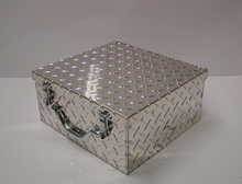 Hot!Beautiful appearance Aluminum alloy tool box with lid,OEM manufacture direct
