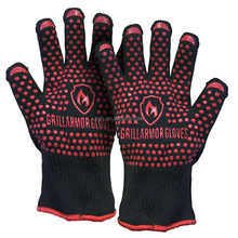 High Heat Resistant Cooking & Oven Gloves - Silicone Strips Both Sides for Safer Grip - Prevent Burns from Oven Trays.