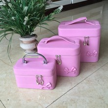 Portable Travel Cosmetic Bag, High Quality Professional Cosmetic Bag, luxury pink cosmetic case