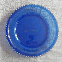China Cheap Wedding Decorative Round Blue Clear Beaded Glass Charger Plate