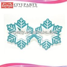 party popper and paper party mask for celebration plain plastic face mask