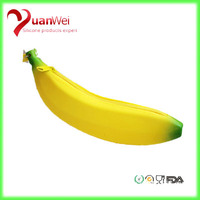 2015 high quality banana silicone purse