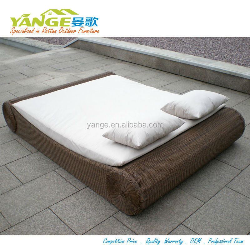 Round Rattan Daybed Rattan Outdoor Cabana Beds Buy Round