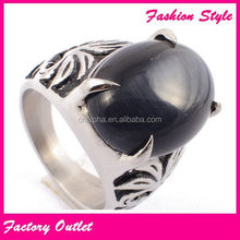 Super quality antique love engraved gemstone heart rings