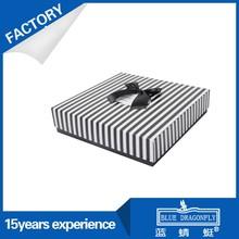 Wholesale New Elegant Handmade Stripe Gift Box With Bowknot
