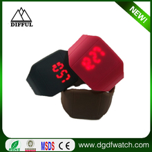 2015 Hot product popular in north america market fashion silicone men's touch screen LED watches for students