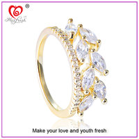 China Alibaba 2015 Best Selling High Quality Synthetic Imitation Diamond Engagement Ring Cheap Price