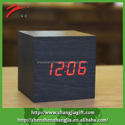 2015 Cube Wooden Digital Decorative Led Cubic Clock