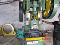 factory hot sale full Automatic razor barbed wire making machine