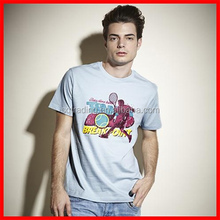 T shirt with captain america print