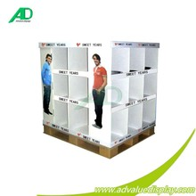 Pallet display for clothes combat sports for sweet years men clothes whole/retail sales for supermarket fashion shop sale