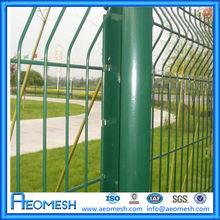 PVC Spray 1/2-inch welded wire mesh fence