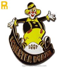 Lovely cartoon design children soft enamel badge with bee beer bird feature