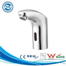 Hot sale to Italian bathroom tub accessory brass bath shower faucets