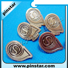 Factory direct sale S letter water-drop shaped custom made antique bronze metal lapel pin badge