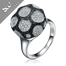 Factory Colored Fine Jewelry 925 Silver Ring with Black Stone
