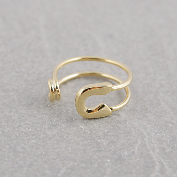 fashion jewerly Personalized Adjustable Small Safety Pin Ring mix color wholesale.