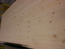 Knotty quality radiata pine finger joint board laminated pine panel