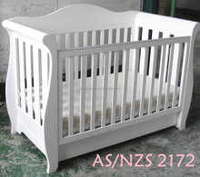 Solid pine baby bed,baby cribs,baby cot,baby sleigh cot