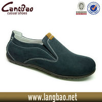 youthful flossy shoes man 11A755-1