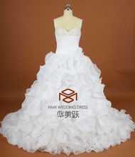 Real Images Alibaba Suzhou Sweetheart Luxury Ruffles Wedding Dress Hand-made Flowers Long Train Beaded Bridal Ball Gown HMY-W004